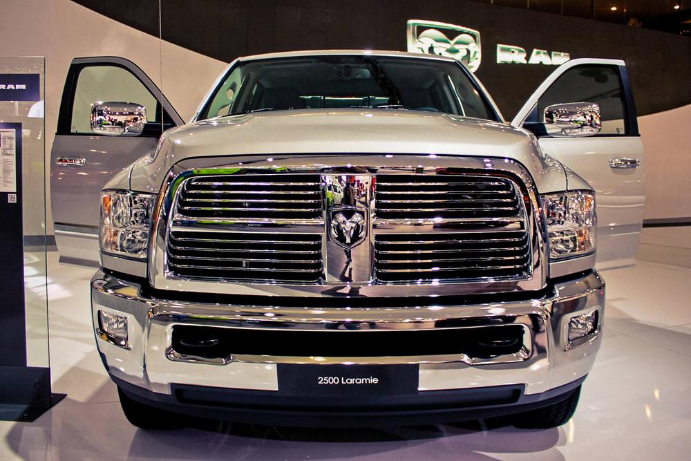 Chrysler recalls vehicles with defective water pumps