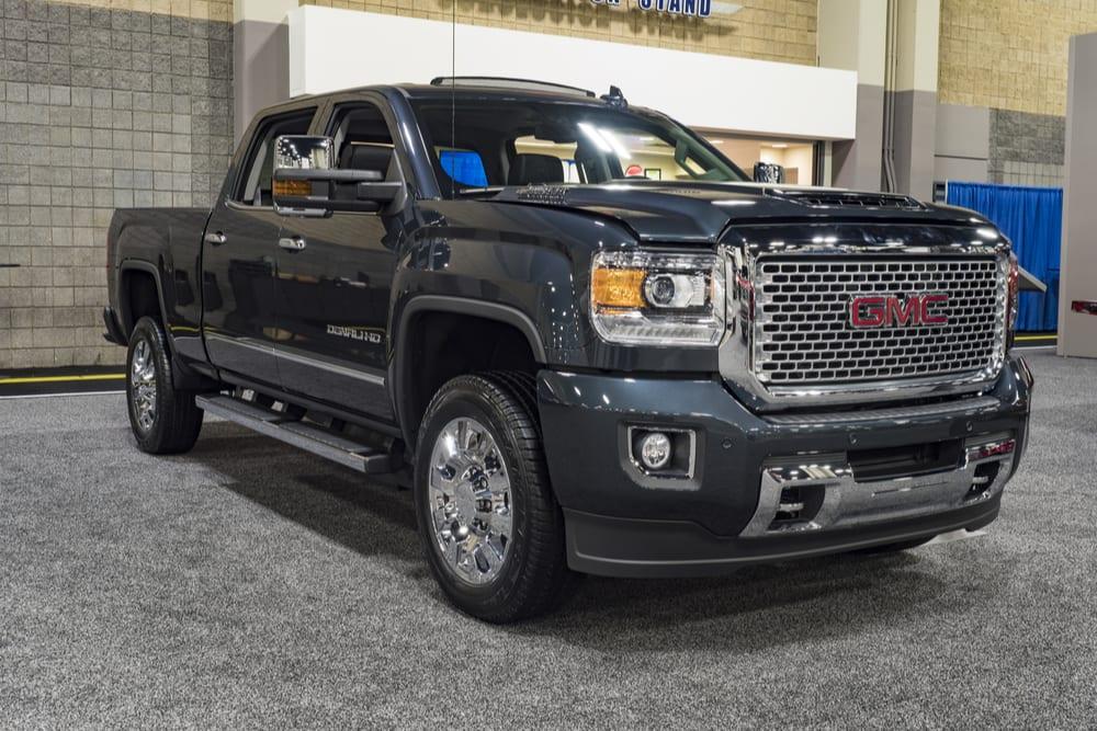 General Motors trucks recalled for a software error