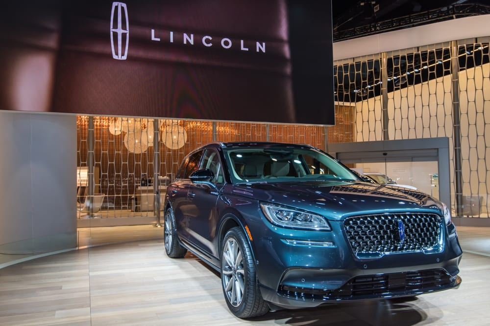 Ford Explorer, Lincoln Aviators Recalled Over Missing Covers