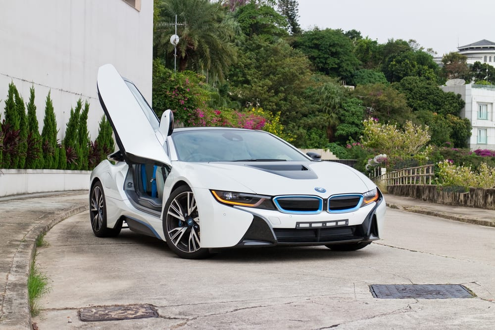 BMW i8 Vehicles Recalled for Stability Issues [Video]