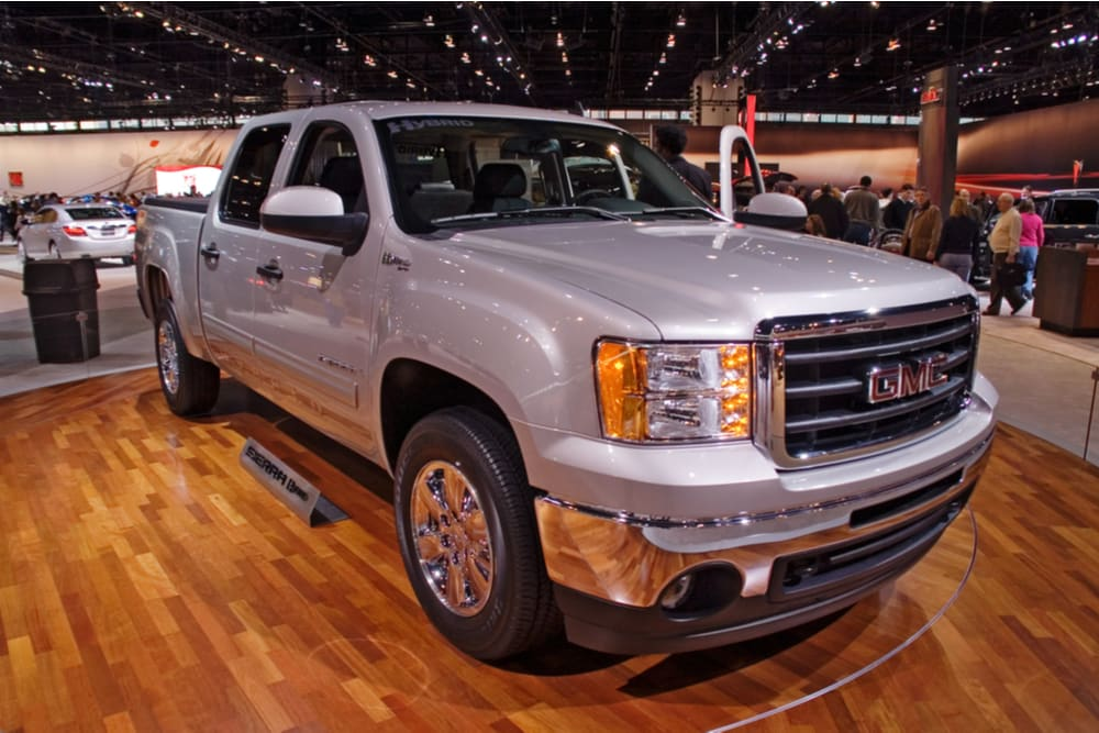 More than 330,000 trucks part of new GM recall [Video]