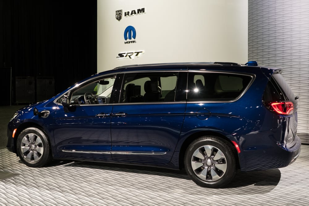 Nearly 250,000 minivans getting recalled due to faulty parking part