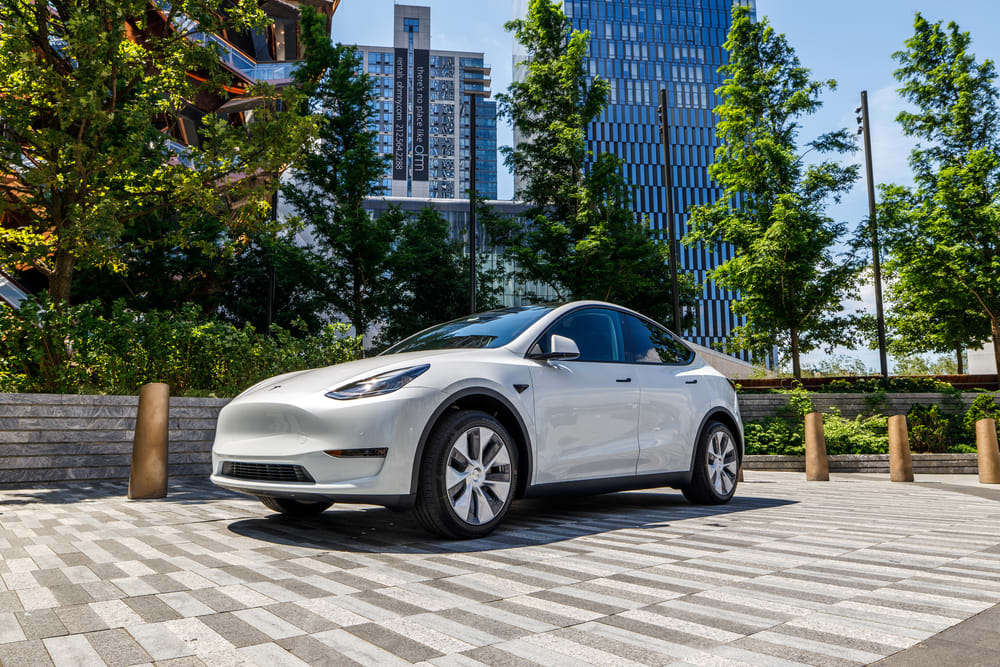 Tesla recalls 2020 Model Y SUV for trailer brake lights glitch