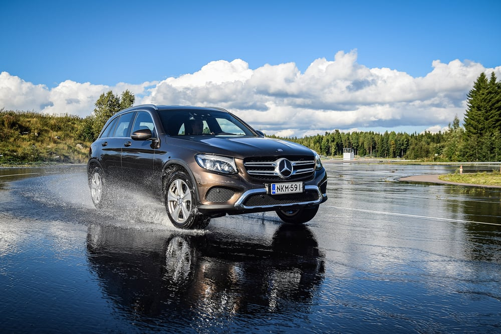 Mercedes-Benz Recalls 7 Vehicles for Potential Power Steering Malfunction