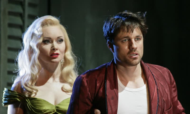Cat on a Hot Tin Roof, 2008