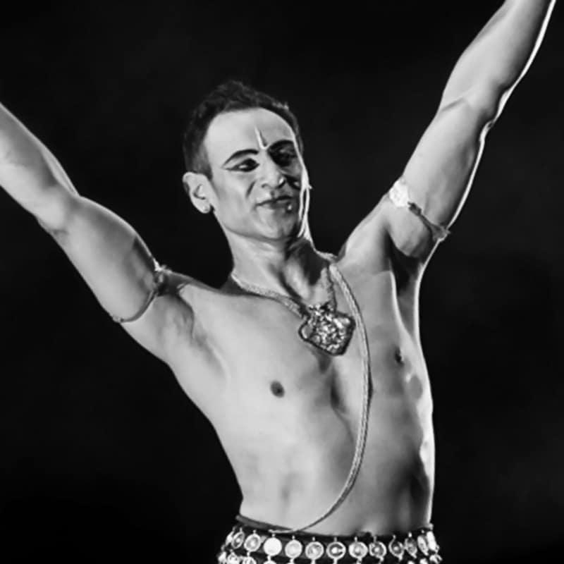 3. Sam-Goraya---Dancer.jpg