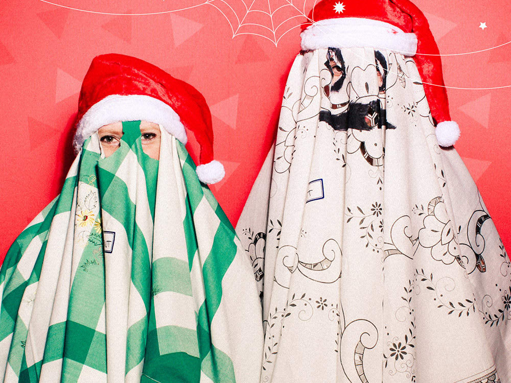 Ghosts Of Xmas Past Present PhilKavanah EliseHearst MTC2019 qhuida