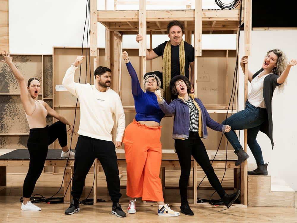 Cyrano Rehearsal Cast Photo CharlieKinross3864 xai0ez