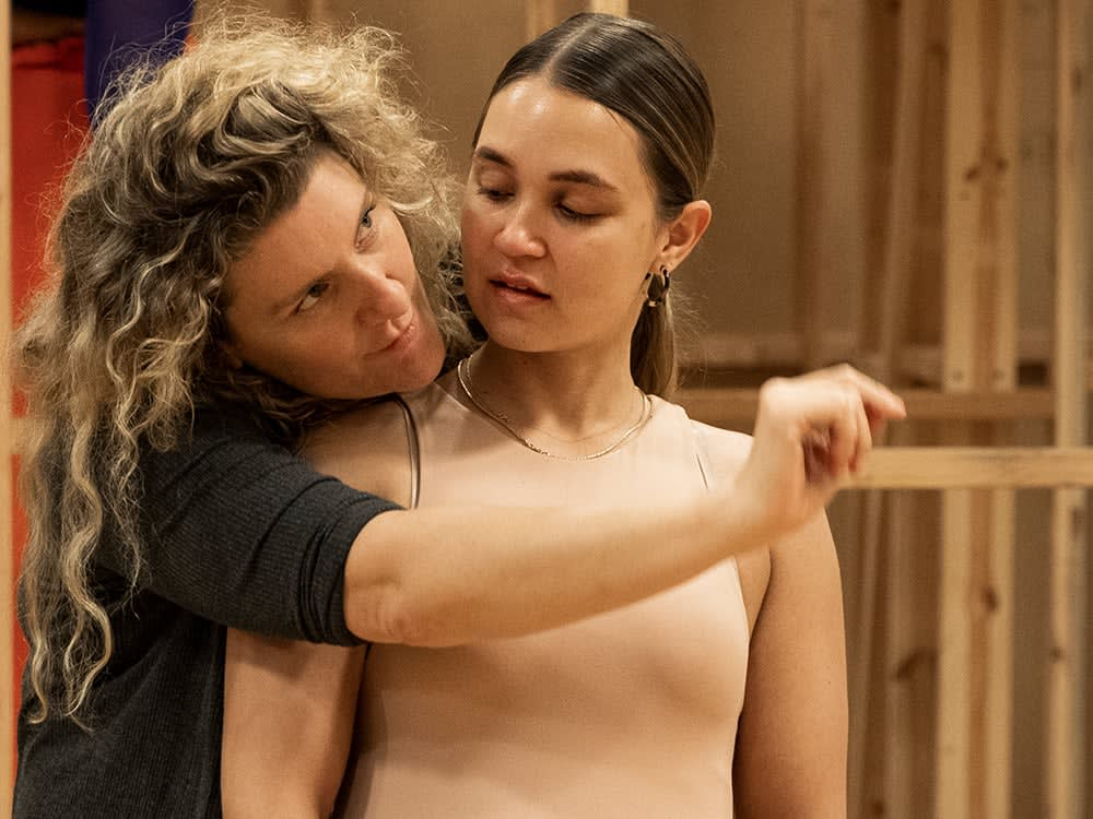 Cyrano Rehearsal TuuliNarkle Photo CharlieKinross3938 d8unrv