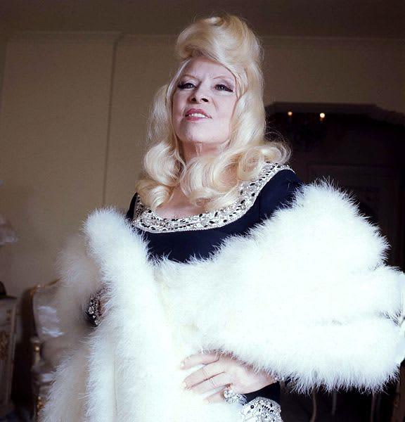 576px Mae West Colour Allan Warren