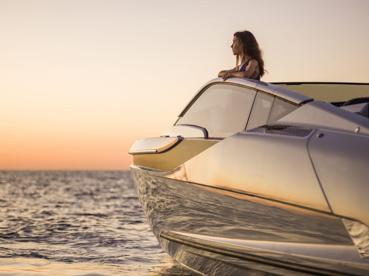 Fairline yachts 070421