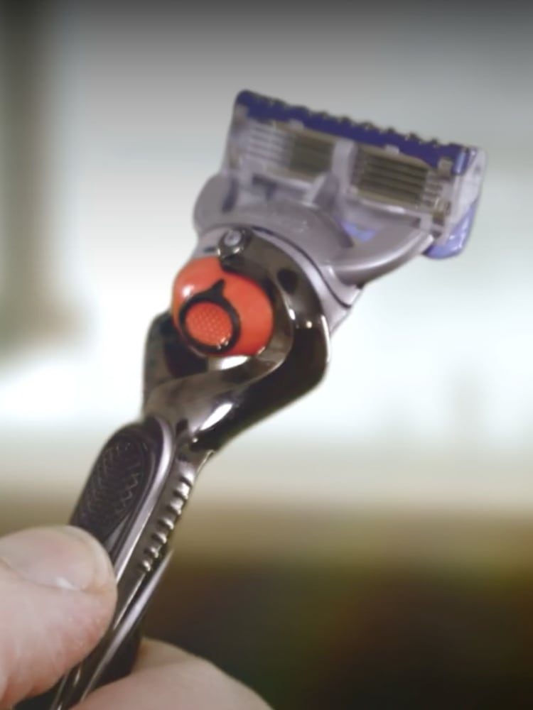 Gillette Razor Handles: The Science Behind Our Ergonomic Grips and Power Handles