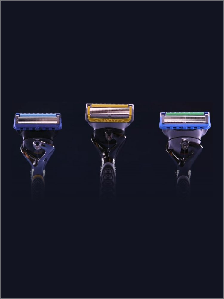 Customizing Your Shave: Fusion5 Blades and Razor Handles