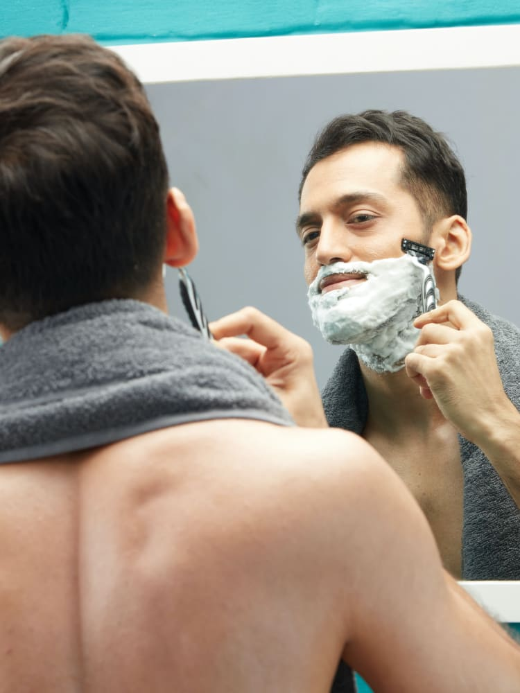 How to clean shave