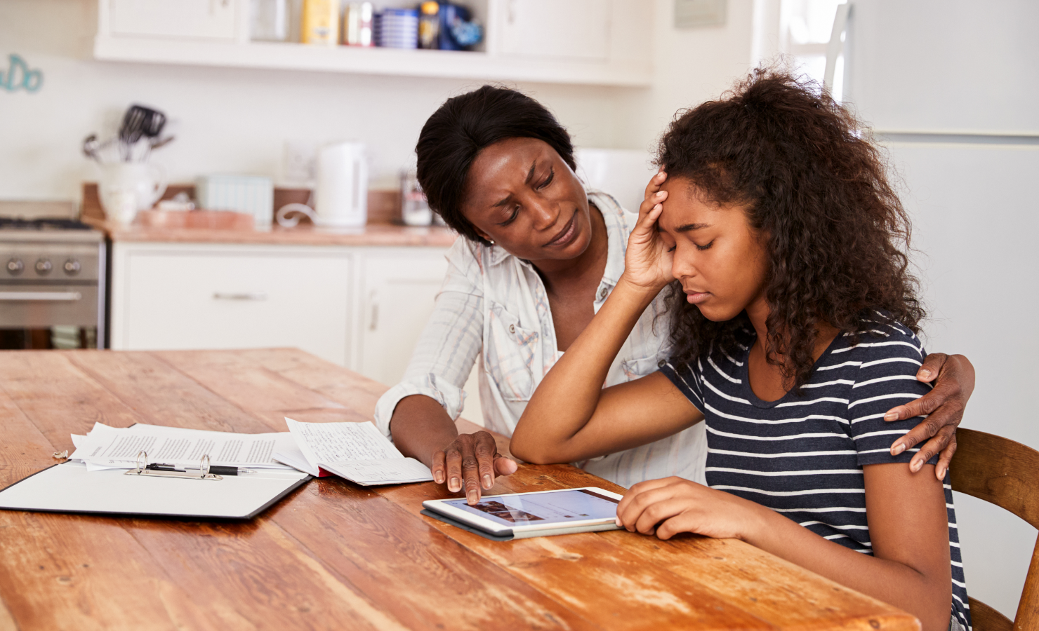 Helping Your Daughter Manage PMS