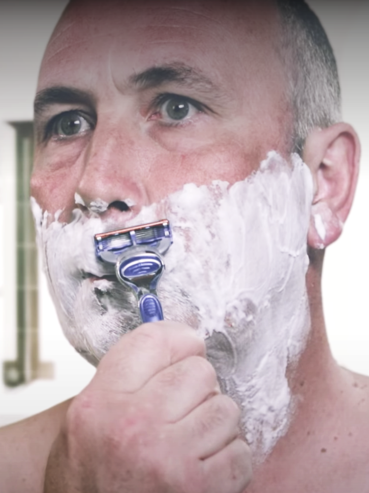 Shaving Tricky Areas of the Face: Gillette Fusion5 Precision Trimmer