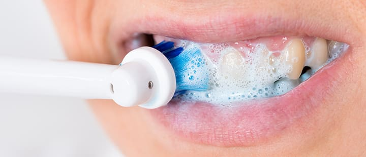 How to Brush with an Electric Rechargeable Toothbrush