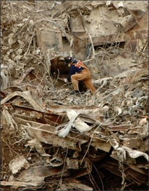 Photo showing victim search after World Trade Center bombing