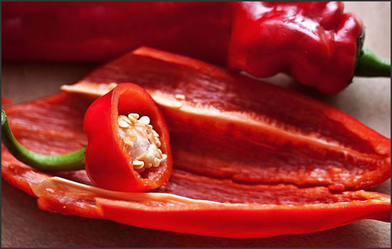 Photograph showing a cayenne pepper