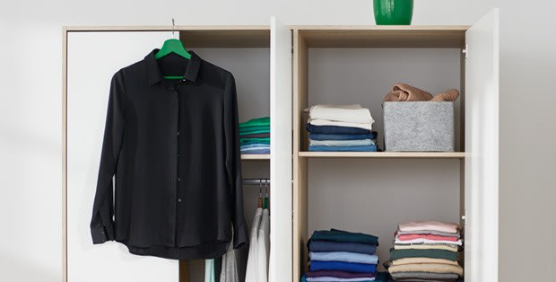 Steps on how to wash dark clothes
