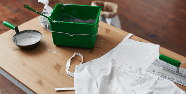 How to remove plaster stains