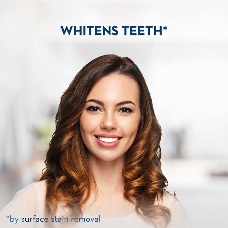 whitens teeth