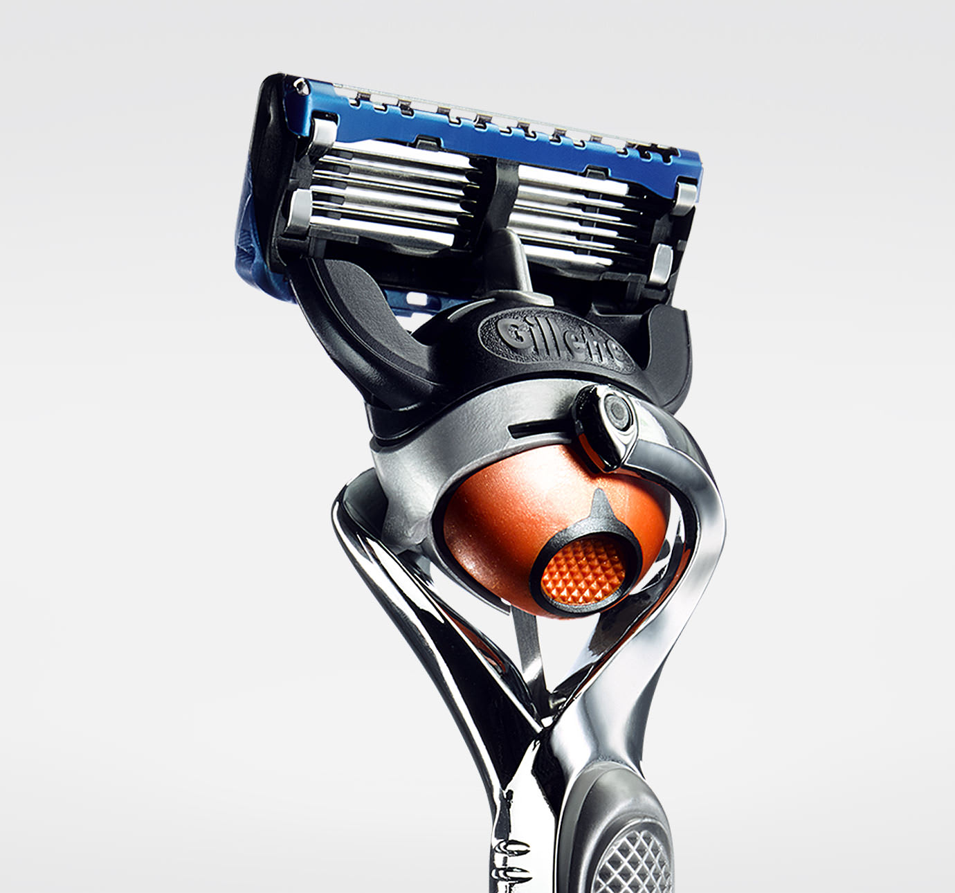 gillette-fusion-proglide-silvertouch-manual-razor-with-flexball-1up-qtr