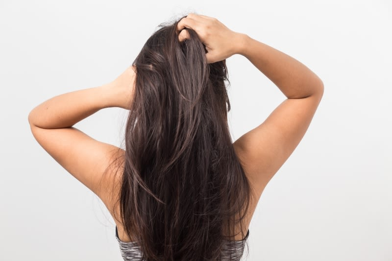 Guide for an itchy scalp in winter