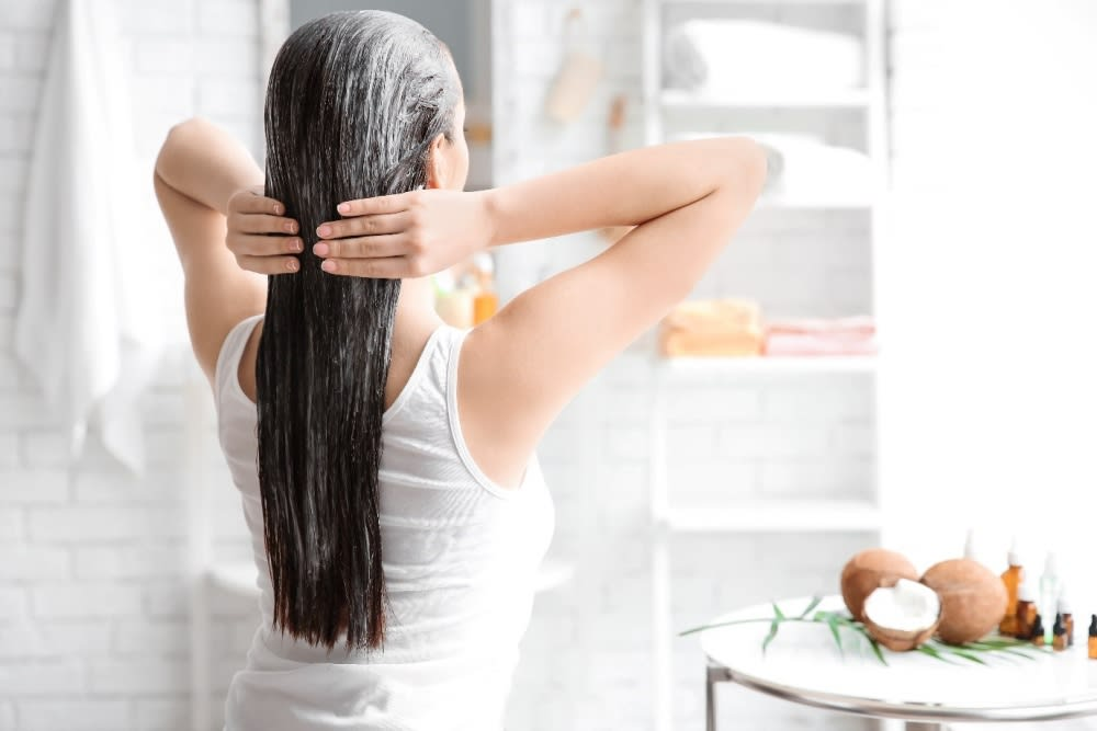 How to get rid of oily scalp at home