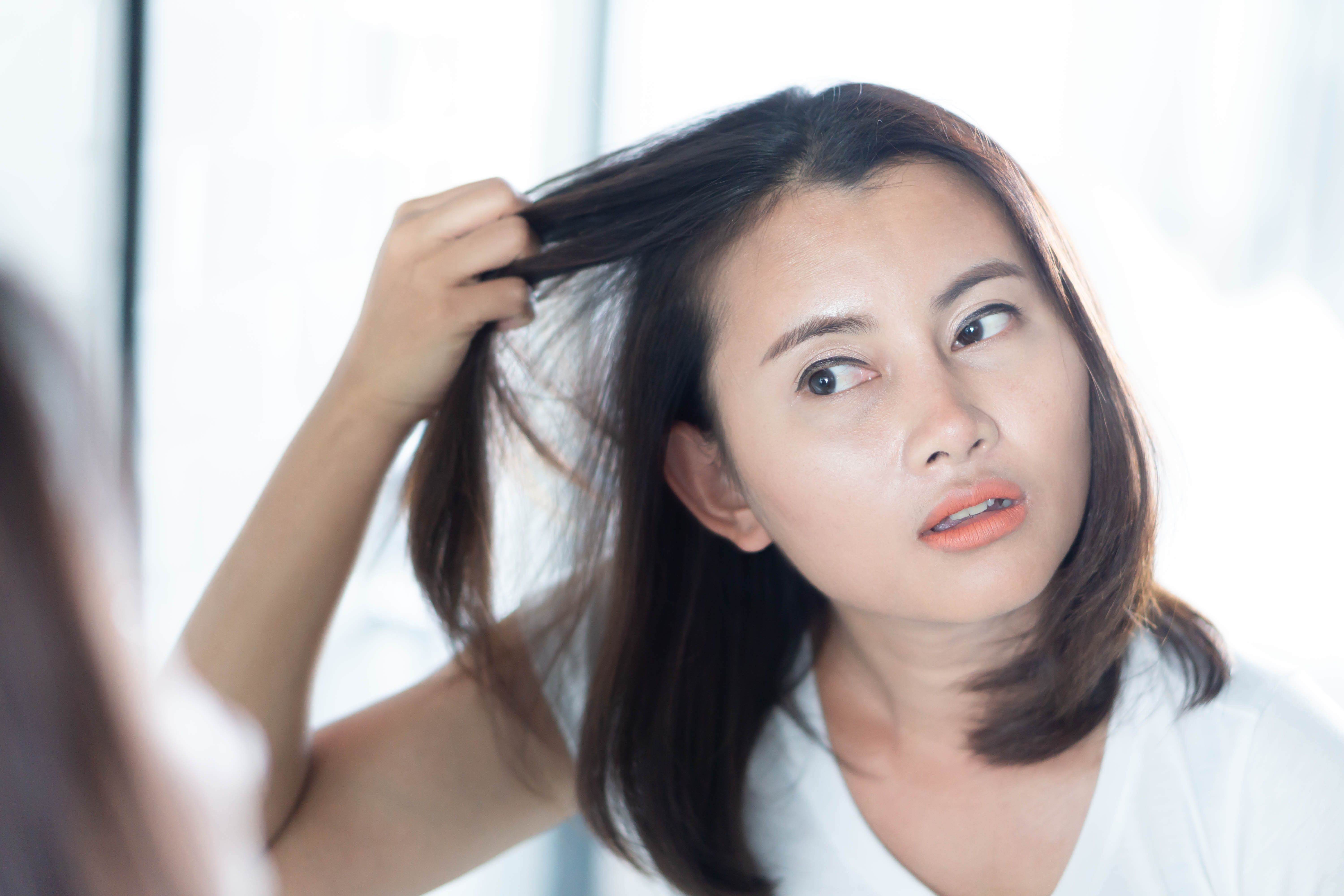 Combing hair guide for thin hair