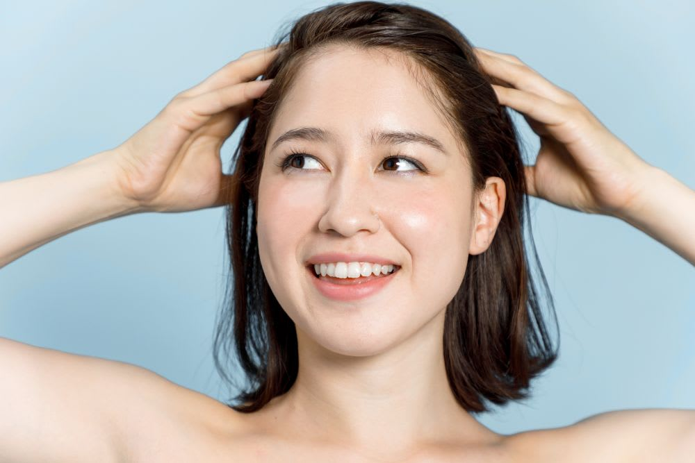 How to clean your hair & stay dandruff free