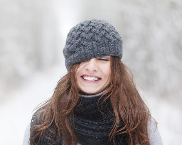 Know the causes of dandruff in winter