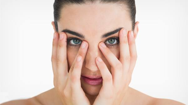 Top Tips to Diminish Dark Under Eye Circles