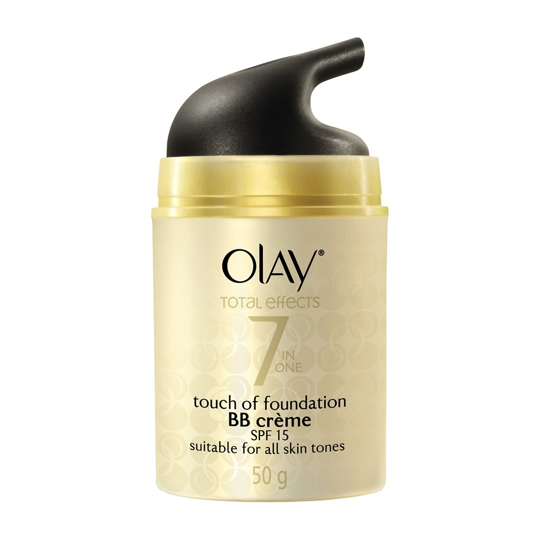 Olay Total Effects 7 in one Touch of Foundation BB crème SPF15