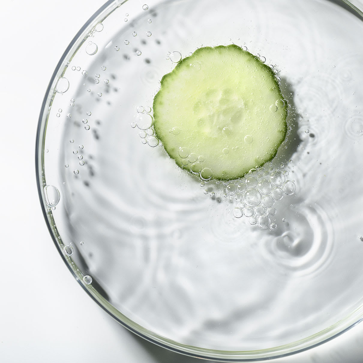 6_Hungarian_Water_Essence_ingredient_cucumber