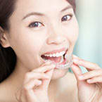 Teeth retainer to straighten teeth | Oral-B