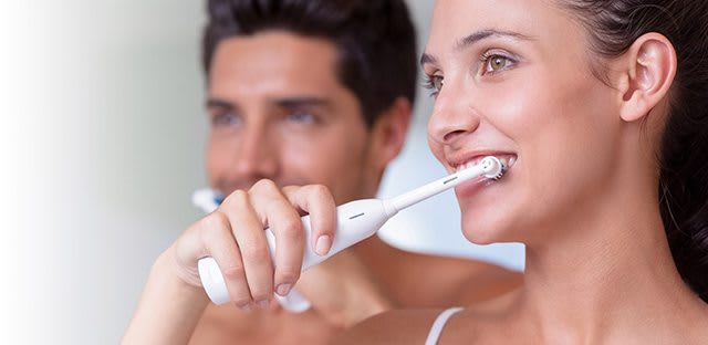 What is dental plaque and tartar on teeth?