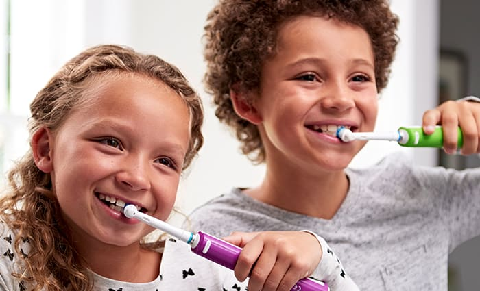 How to brush child's teeth: age 6-12