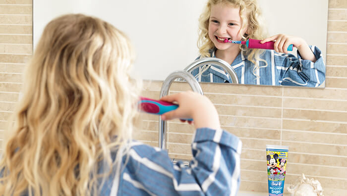 How to brush child's teeth: age 3-5