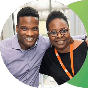 Kalasi-Huggins-and-Carla-Cobb-two-of-the-P&G-leaders-who-created-the-Business-Expo-&-Summit