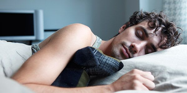 7 Natural Ways to Help you Sleep Well…Even With a Cold