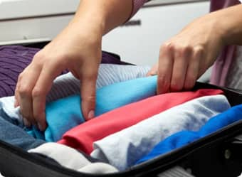 5 Tips to Keep Clothes Looking Great While Traveling