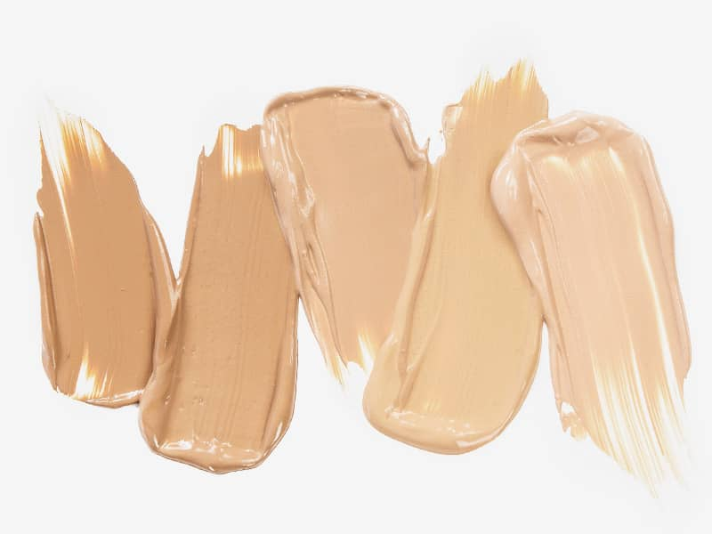 How to evenly apply make-up for a flawless canvas.