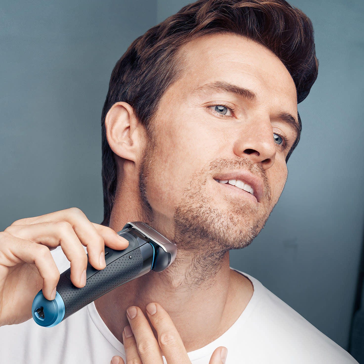 Series 8 8385cc shaver - in use