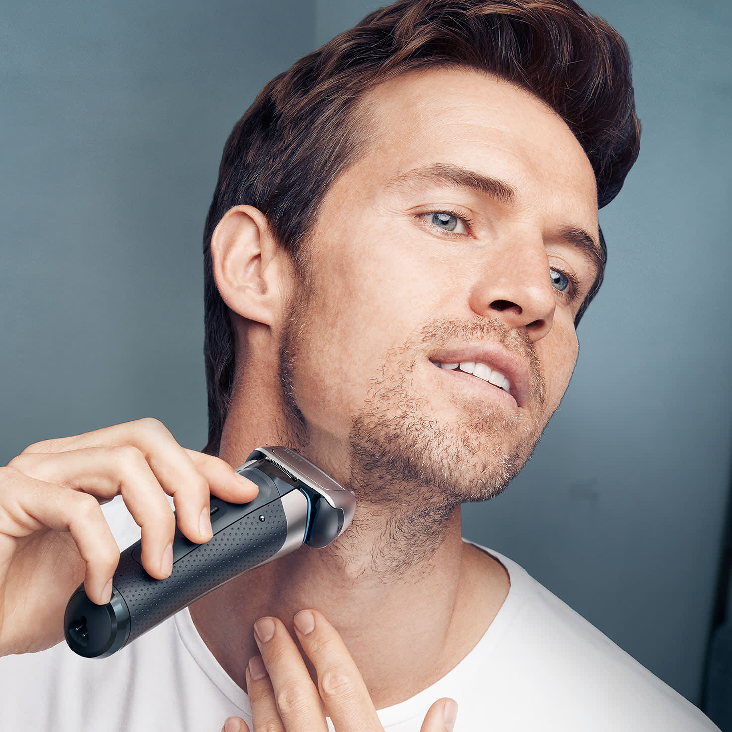 Series 8 8350s shaver - in use