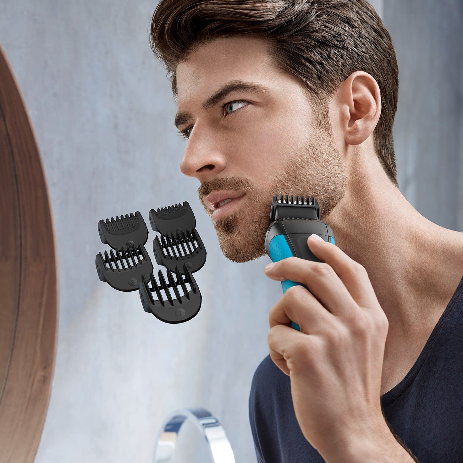Series 3 Shave&Style 3010BT in use