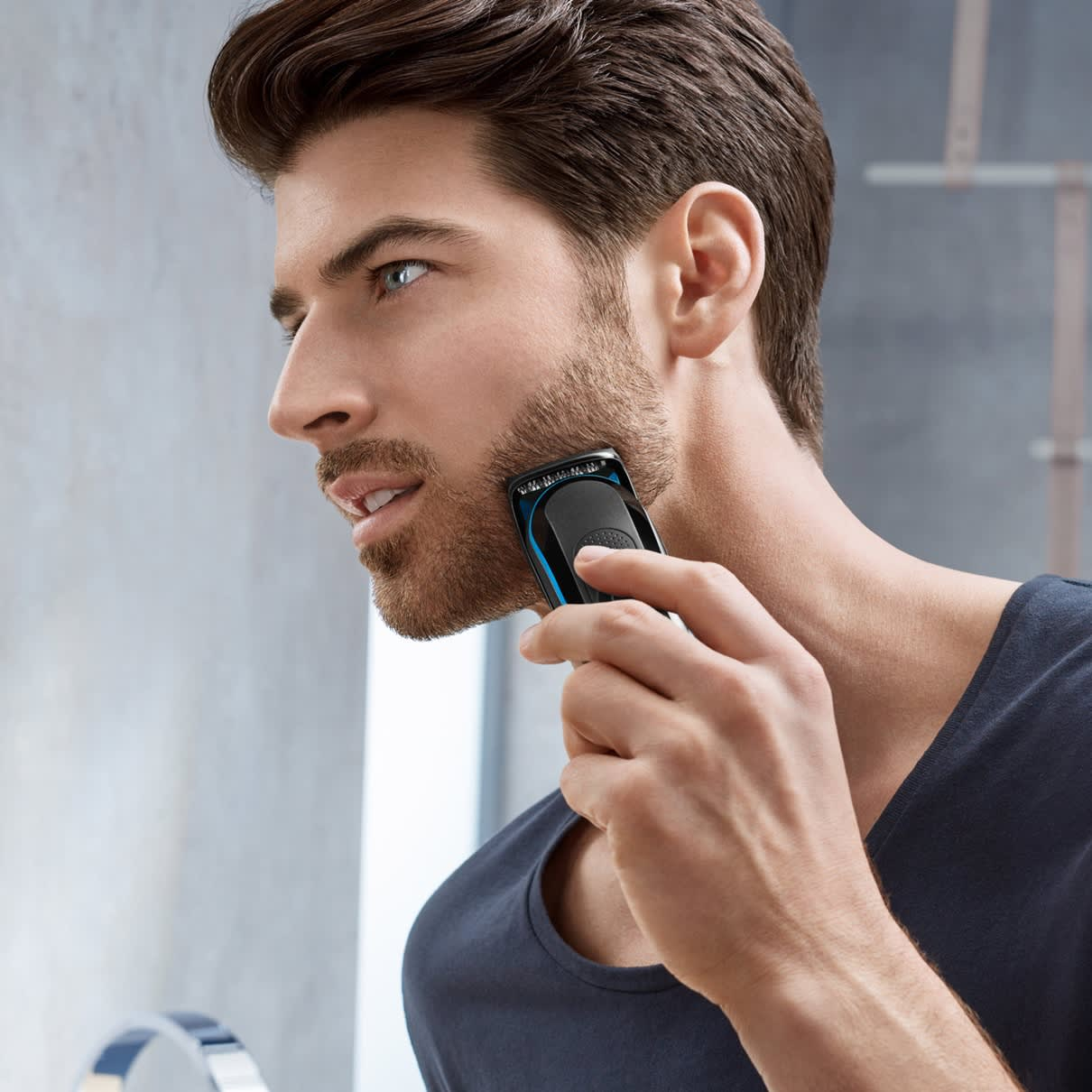 Braun multi grooming kit MGK3045 in use