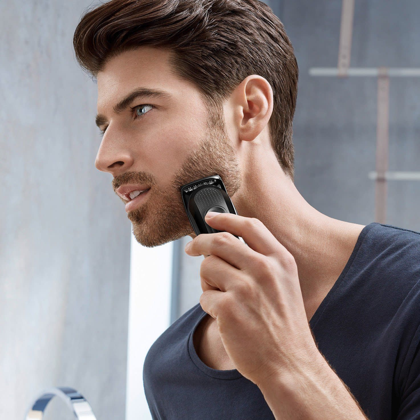 Braun multi grooming kit MGK3042 in use