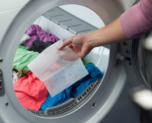 How To Remove Static Cling From Clothes in Dryer