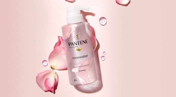 How to use rosewater for hair